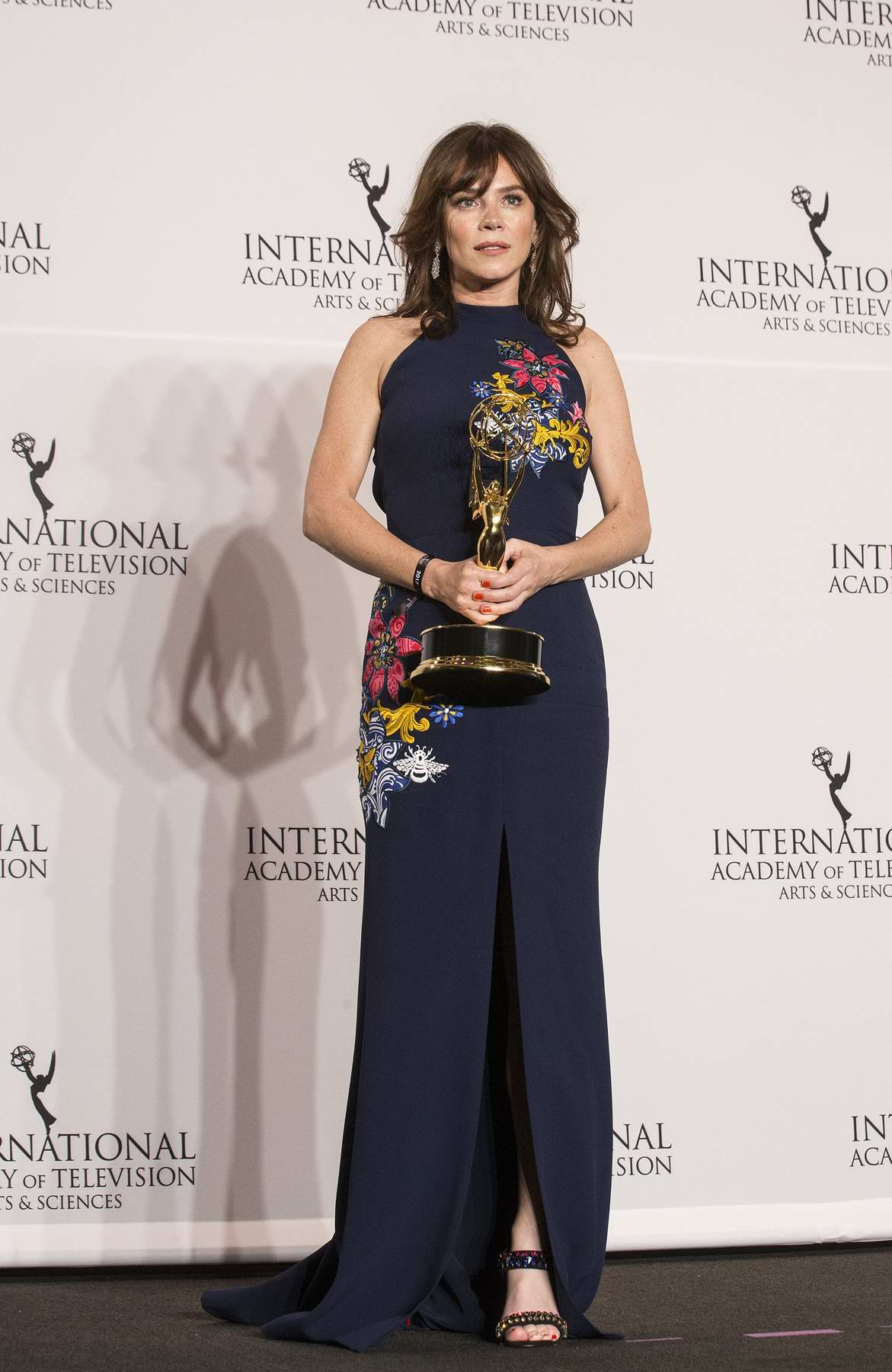 Anna Friel at the International Emmy Awards 2017 in New York
