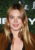 Camille Rowe attends the 2017 GO Campaign Gala at Neuehouse in Hollywood, Los Angeles