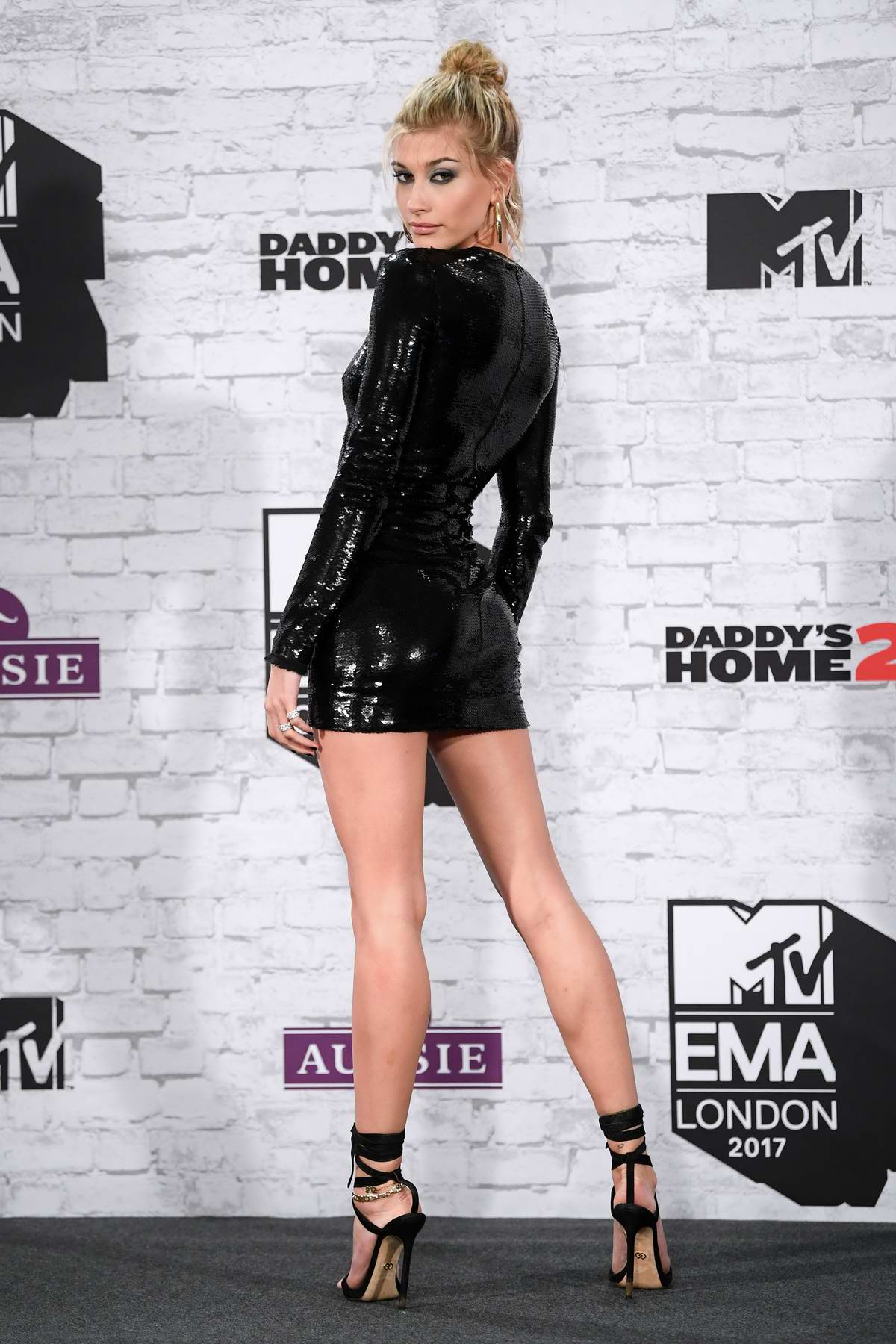 Hailey Baldwin at the 24th MTV Europe Music Awards held at SSE Arena Wembley in London