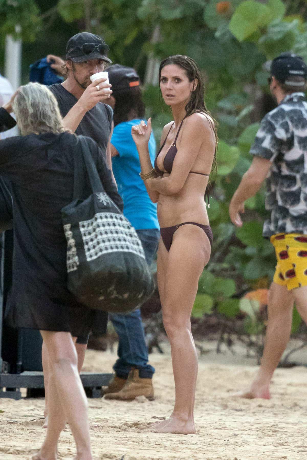 f4ecd1ac84 heidi klum in a bikini parties on the beach as germany s next top ...