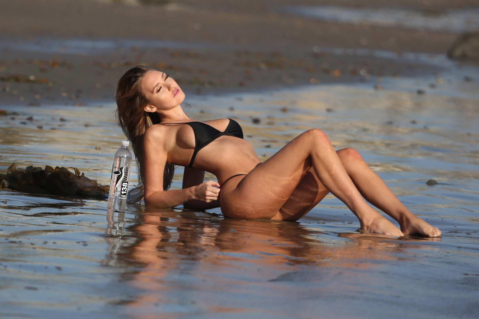 Jules Liesl nude (45 pics), fotos Topless, iCloud, see through 2015