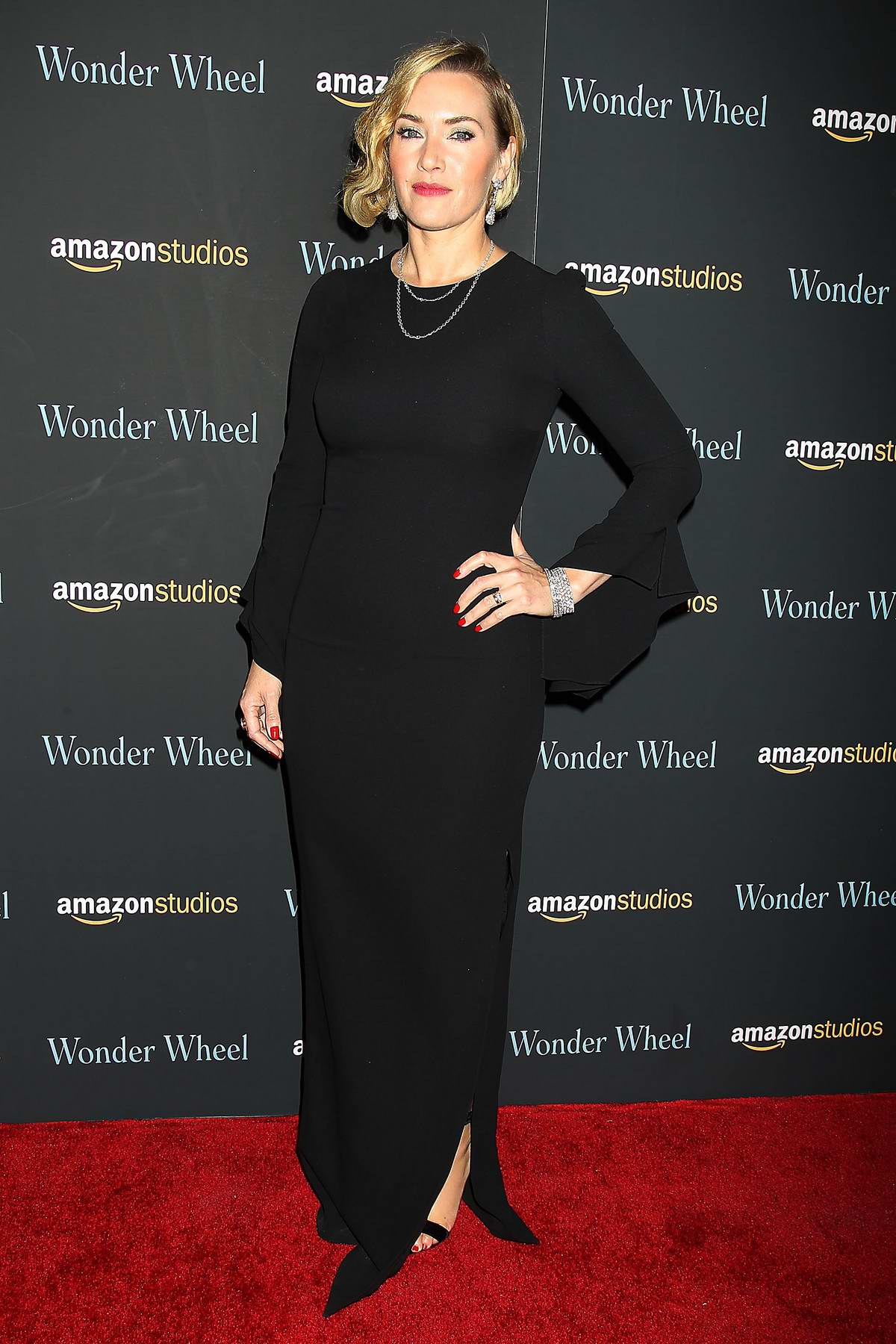 Kate Winslet at the 'Wonder Wheel' screening in New York City