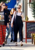 Kirsten Dunst stops by Joan's on Third for a Veterans Day lunch with her friends in Studio City, Los Angeles