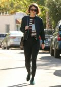 Mary Elizabeth Winstead visits a friend in Los Angeles
