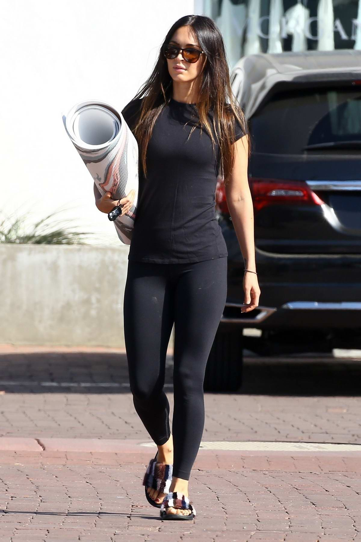 Megan Fox gets lunch to-go after a yoga session in Malibu, California