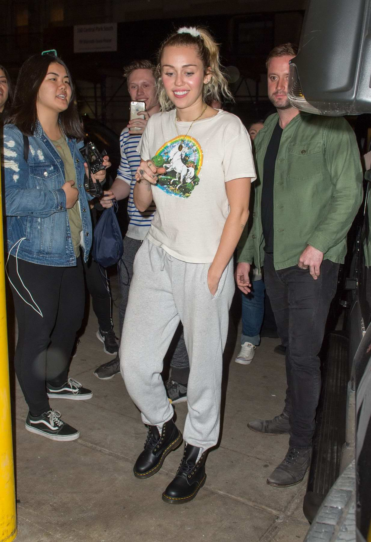 Miley Cyrus arrives back in sweatpants after rehearsing at NBC studios in New York City