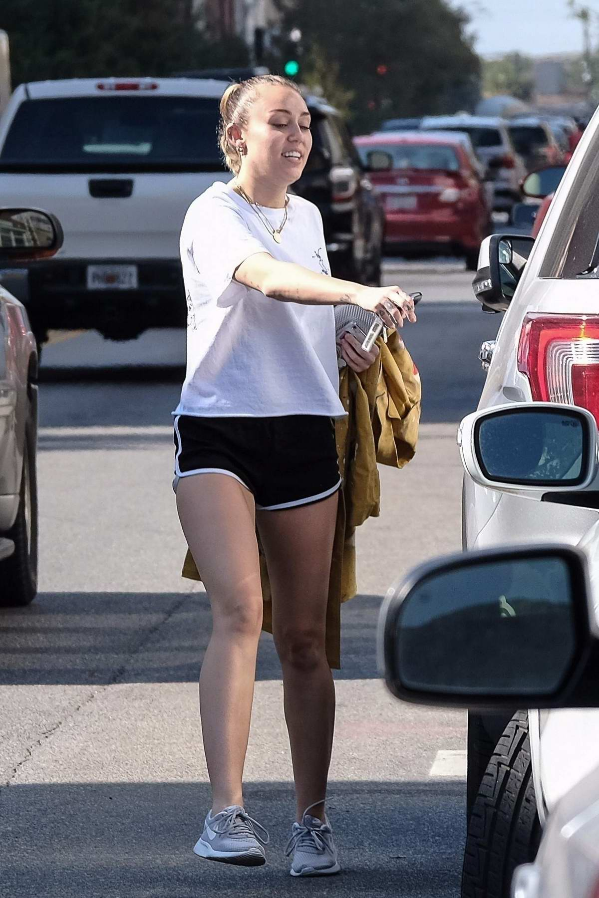 Miley Cyrus enjoys some solo thrift store shopping in Savannah, Georgia