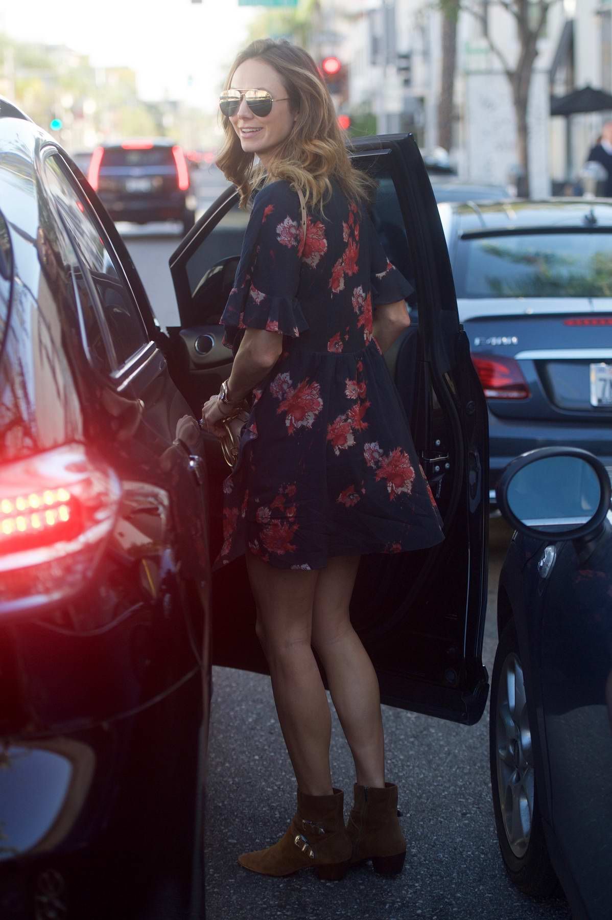 Stacy Keibler makes a quick exit from Cafe Gratitude in Beverly Hills, Los Angeles