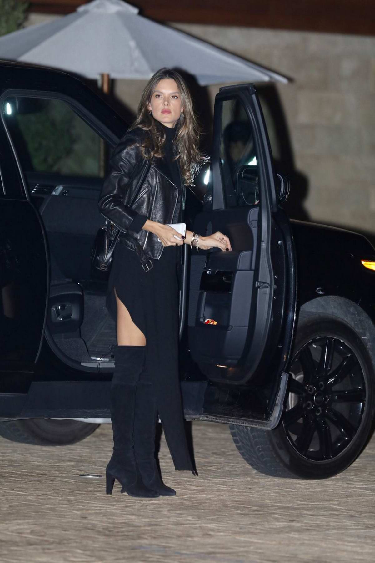 Alessandra Ambrosio out for dinner in Malibu