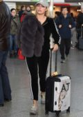Amber Turner spotted at the airport without makeup as she arrive back to the UK