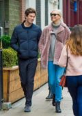 Karlie Kloss and Josh Kushner enjoys a walk in London