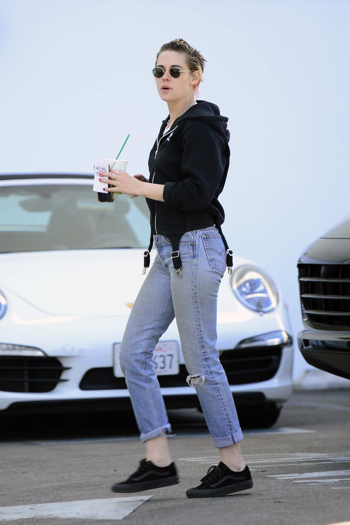 Kristen Stewart and Stella Maxwell at the Chanel boutique on Rodeo Drive in Beverly Hills, Los Angeles