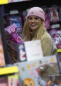 Michelle Hunziker spotted while Christmas shopping for some toys and books in Milan