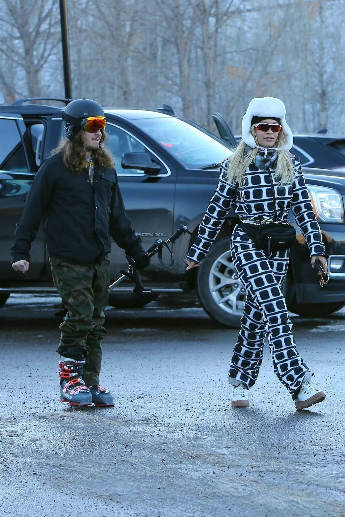 Rita Ora and Andrew Watt finish up a day of skiing in Aspen, Colorado