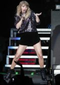 Taylor Swift performs during the B96 Pepsi Jingle Bash at Allstate Arena in Rosemont, California