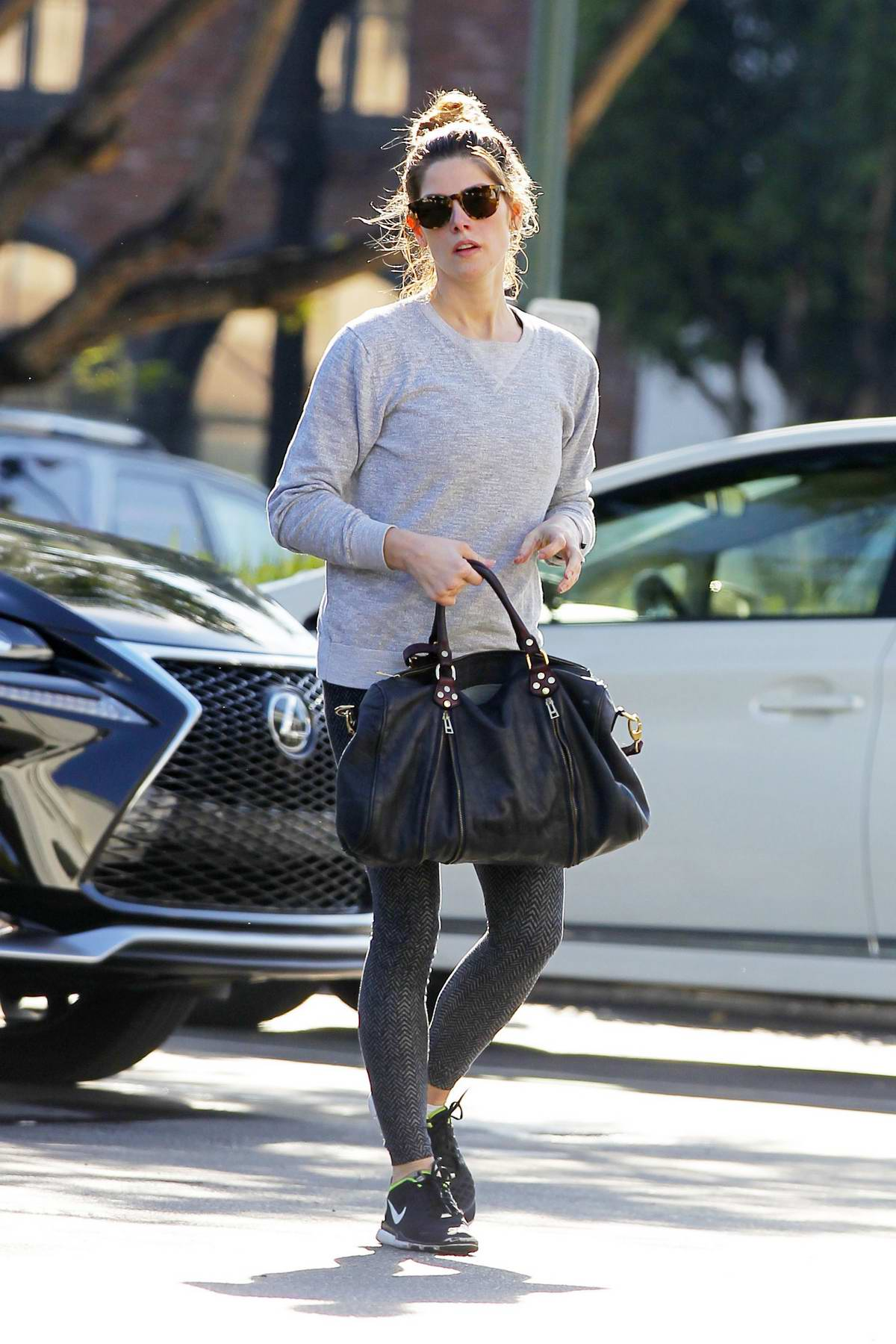 Ashley Greene Shops For Some Groceries And Flower At