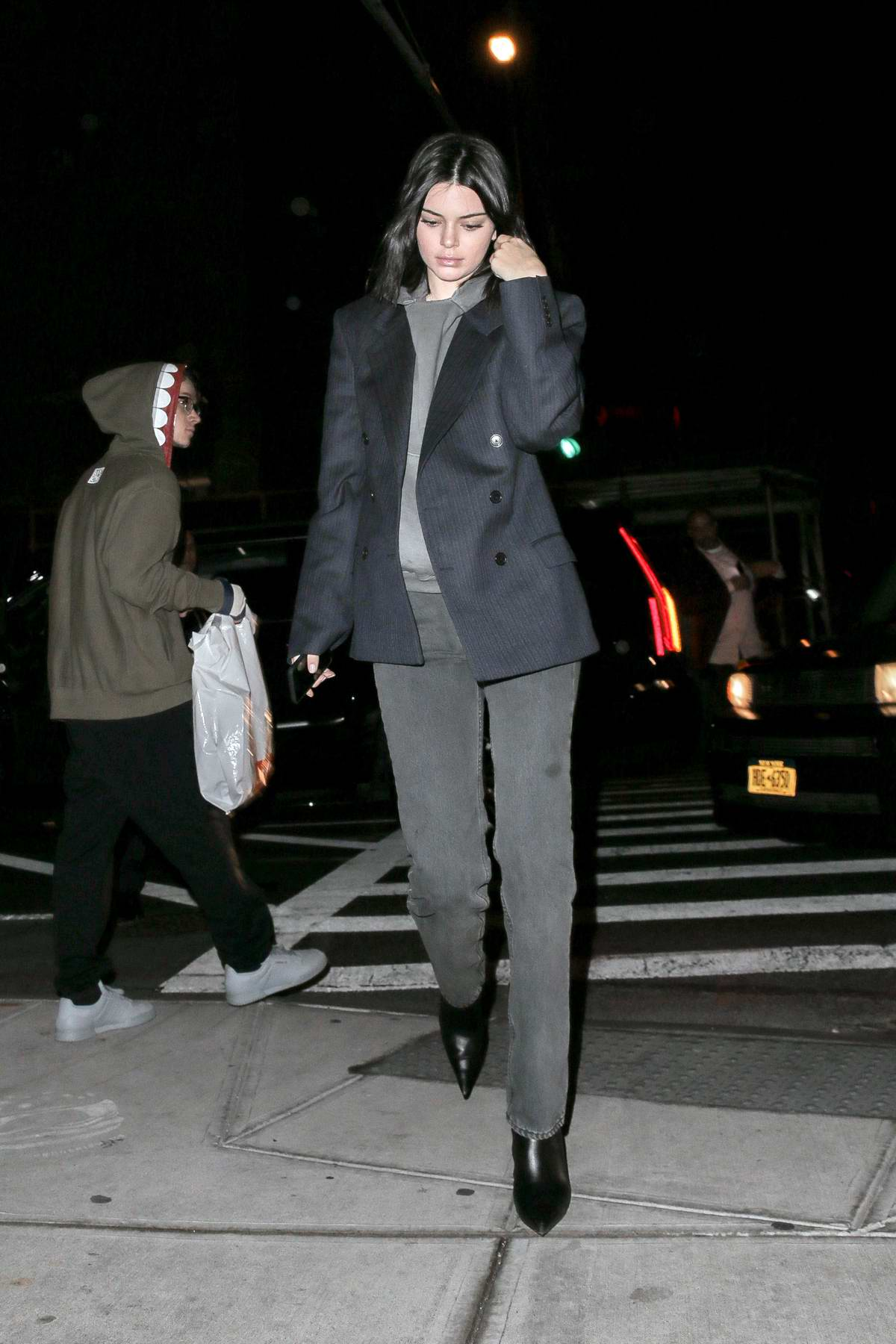 kendall jenner steps out in a blue blazer with grey jeans ...