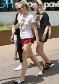 Miley Cyrus spotted out with Liam Hemsworth in Queensland, Australia