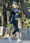 Nicole Kidman starts her morning with a jog at Franklin Canyon Park in Beverly Hills, Los Angeles