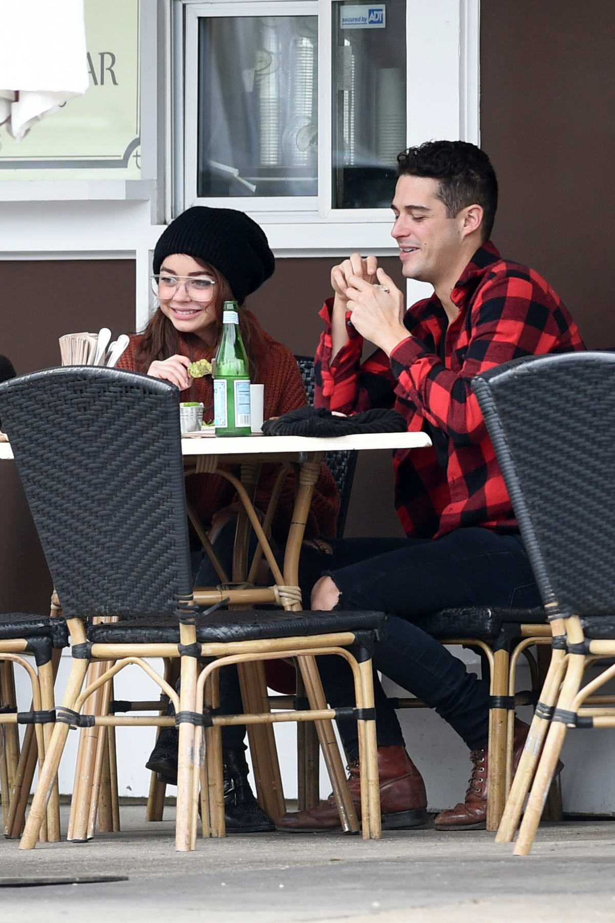 Sarah Hyland and Wells Adams spotted having lunch at a cafe in Los Angeles