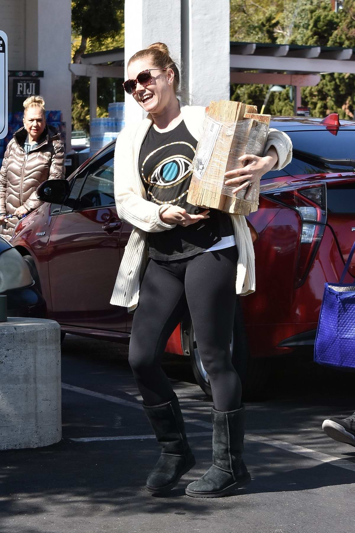 Amy Adams and husband Darren Le Gallo shops for some household items at Bristol Farms in West Hollywood, Los Angeles