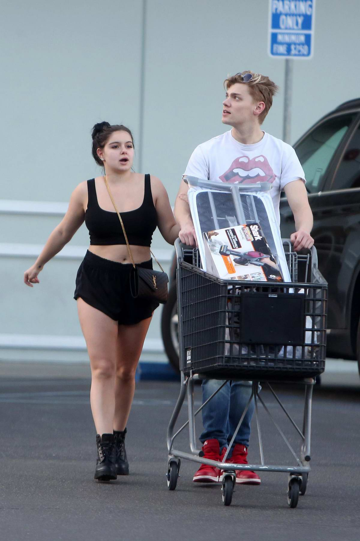 Ariel Winter shops for some household items at 'Bed Bath & Beyond' in Los Angeles