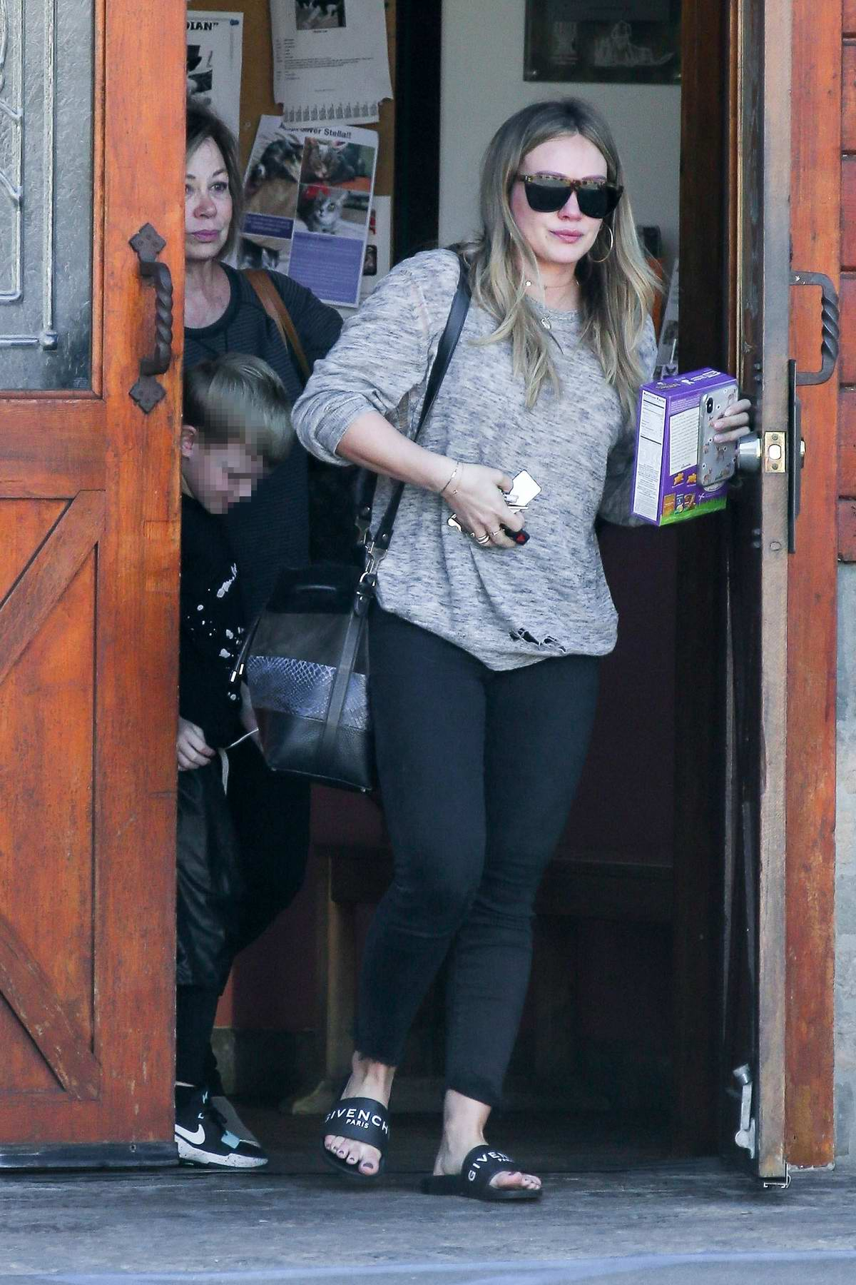 Hilary Duff leaving the vet's office with her son and mother in Studio City, Los Angeles