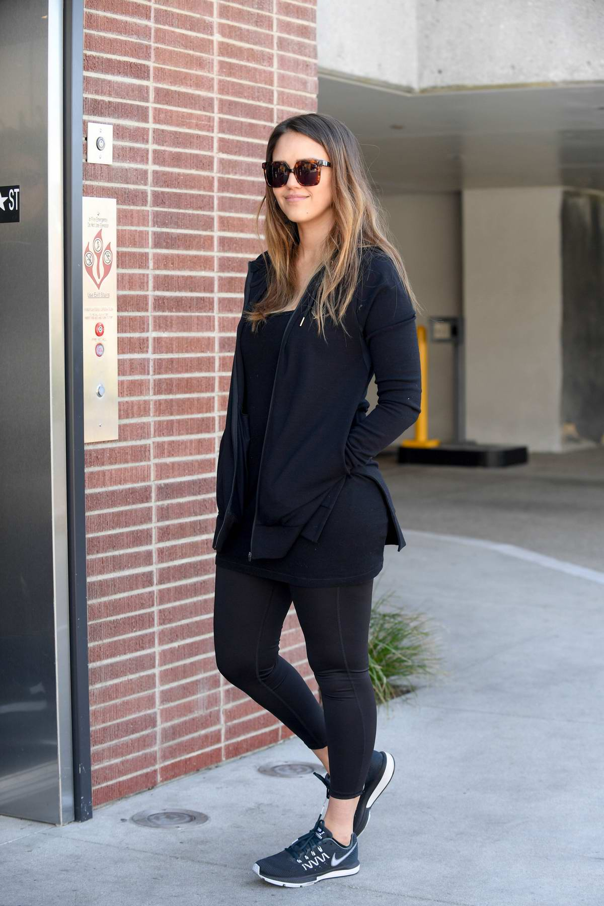jessica alba steps out for lunch with her baby boy in century city