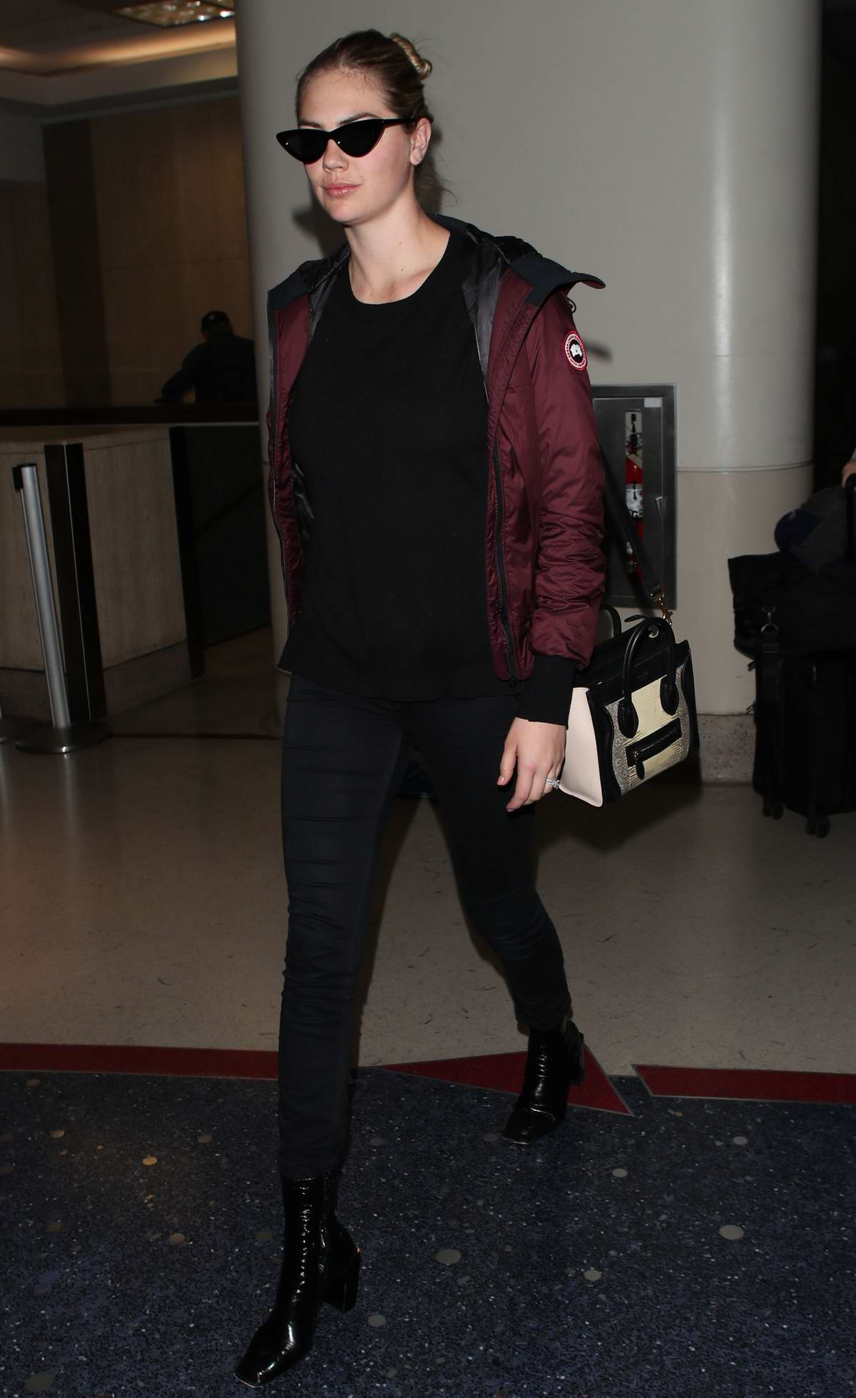 Kate Upton arrives at LAX airport, Los Angeles