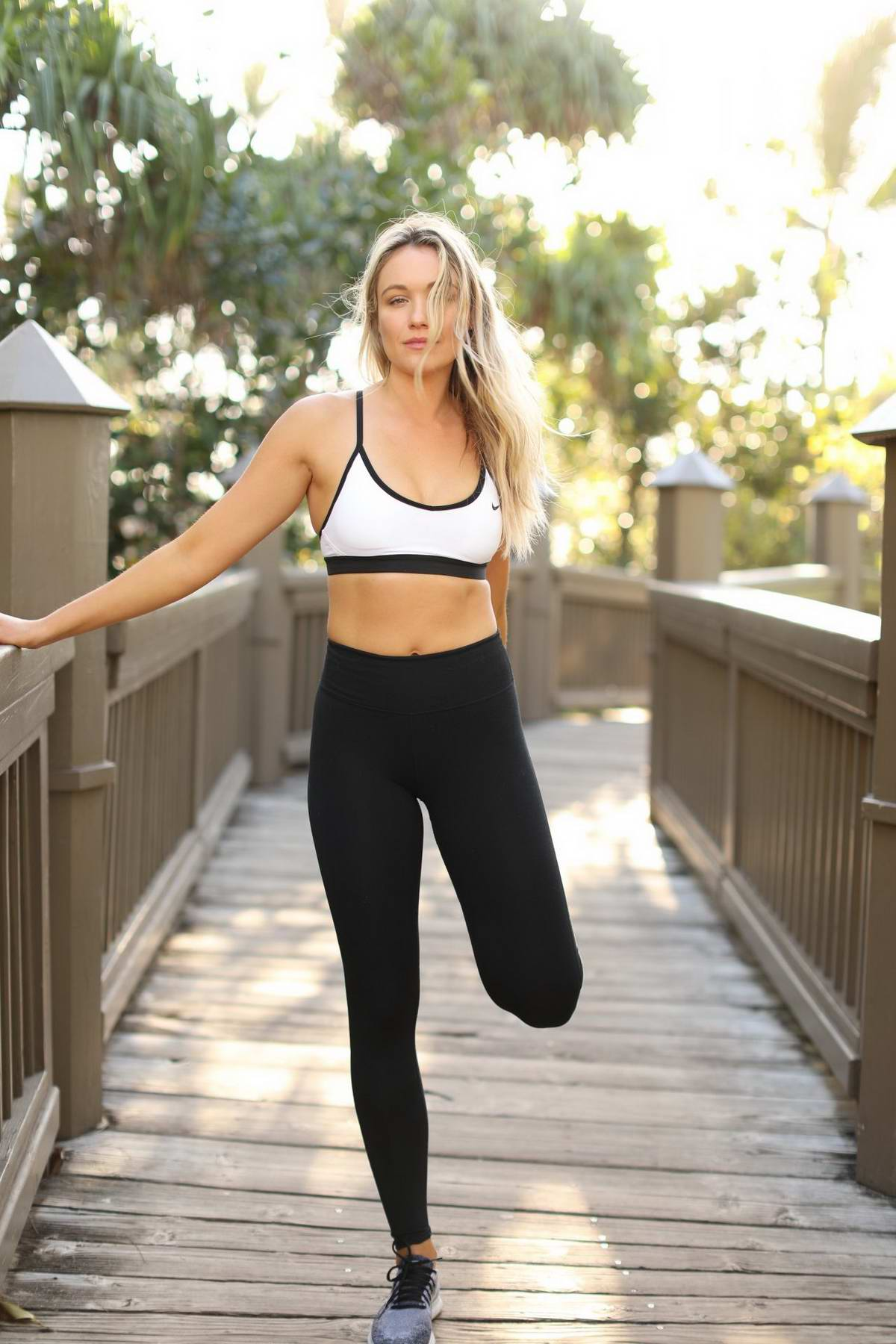 Katrina Bowden in fit and healthy travelling photoshoot for her blog, January 2018