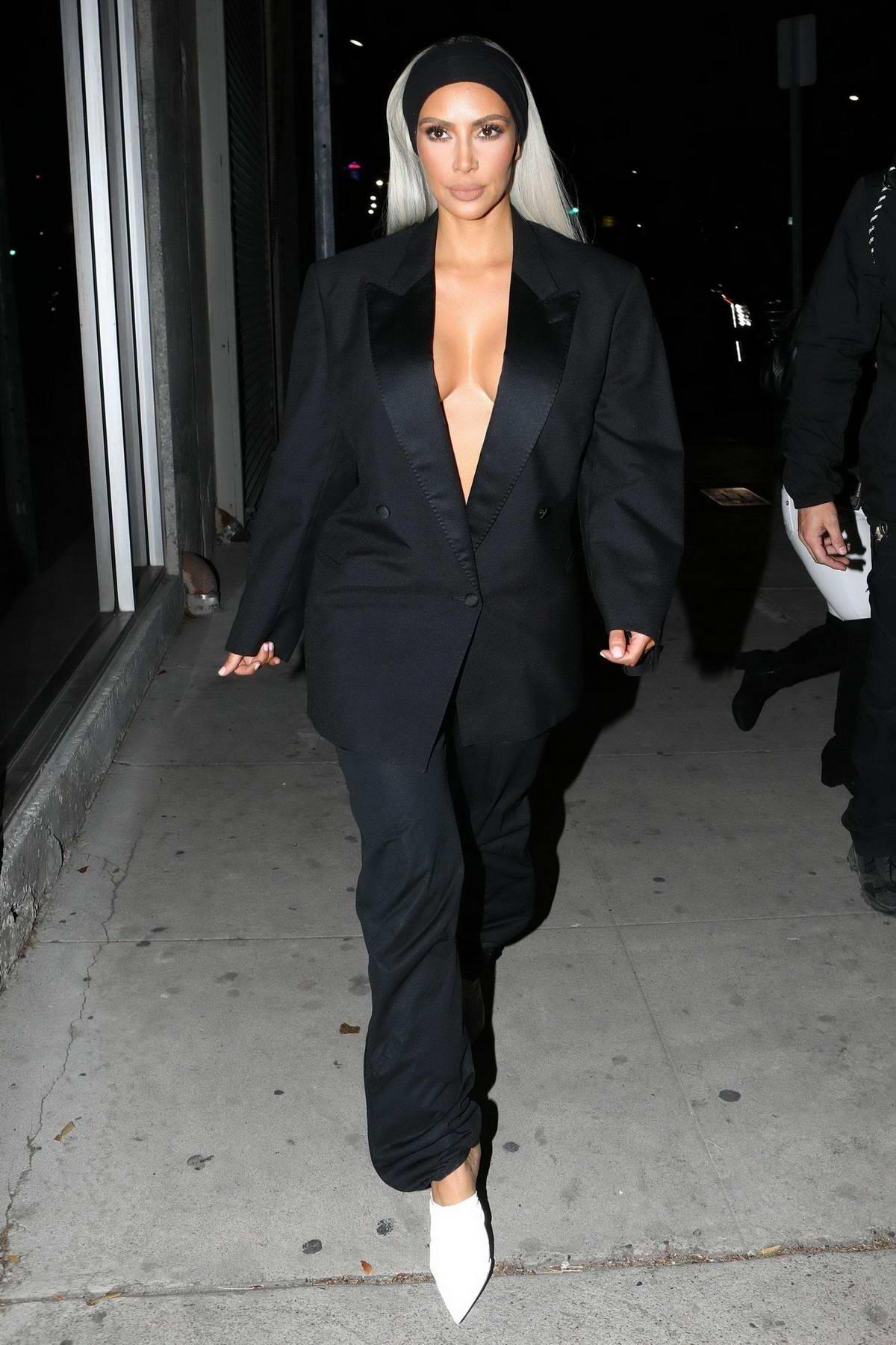 Kim Kardashian leaves the Create & Cultivate LA Conference in Downton Los Angeles