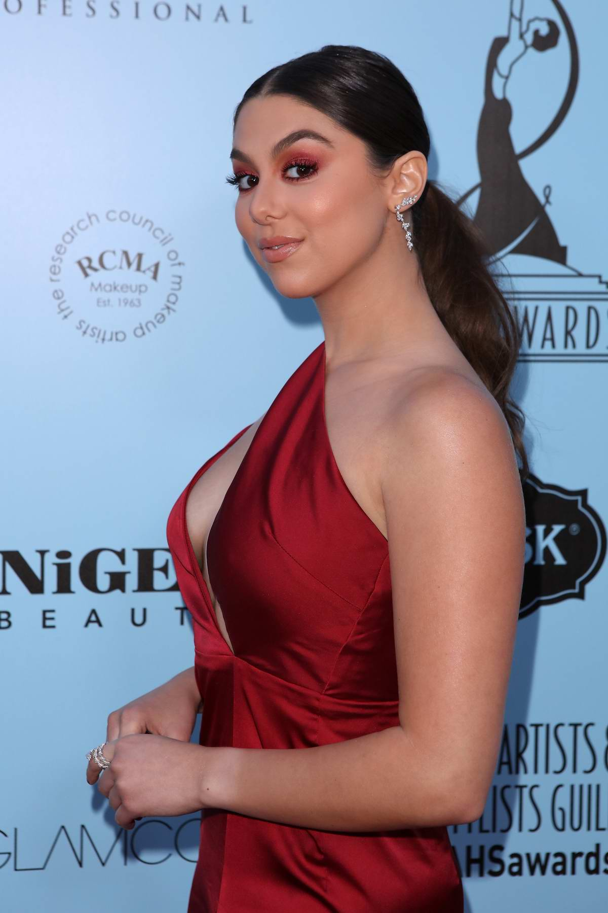 Kira Kosarin At 2018 Make Up Artists And Hair Stylists