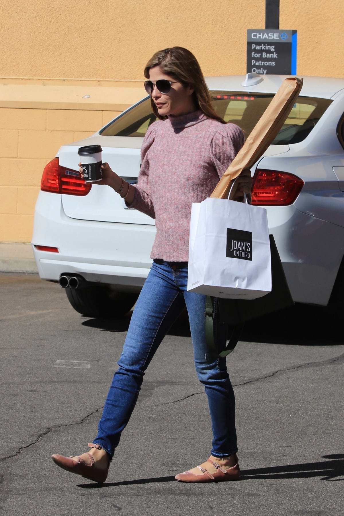 Selma Blair grabs a baguette and coffee from Joan's on Third in Studio City, Los Angeles