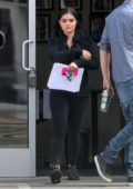Ariel Winter stops by a studio to pick up some paperwork in Los Angeles