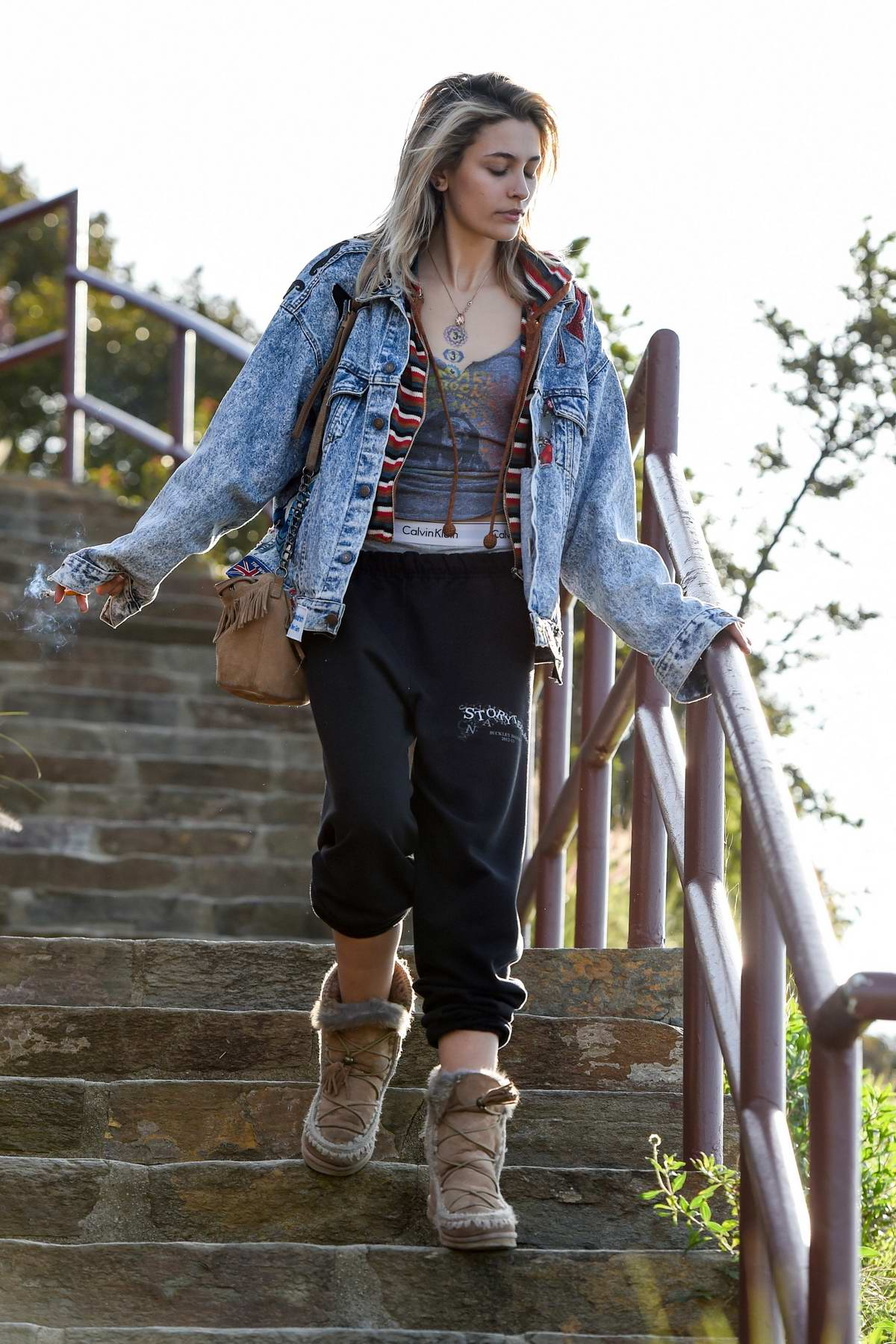 Paris Jackson shows off her quirky look while leaving the Mulholland Drive overlook above the Hollywood Bowl in Los Angeles