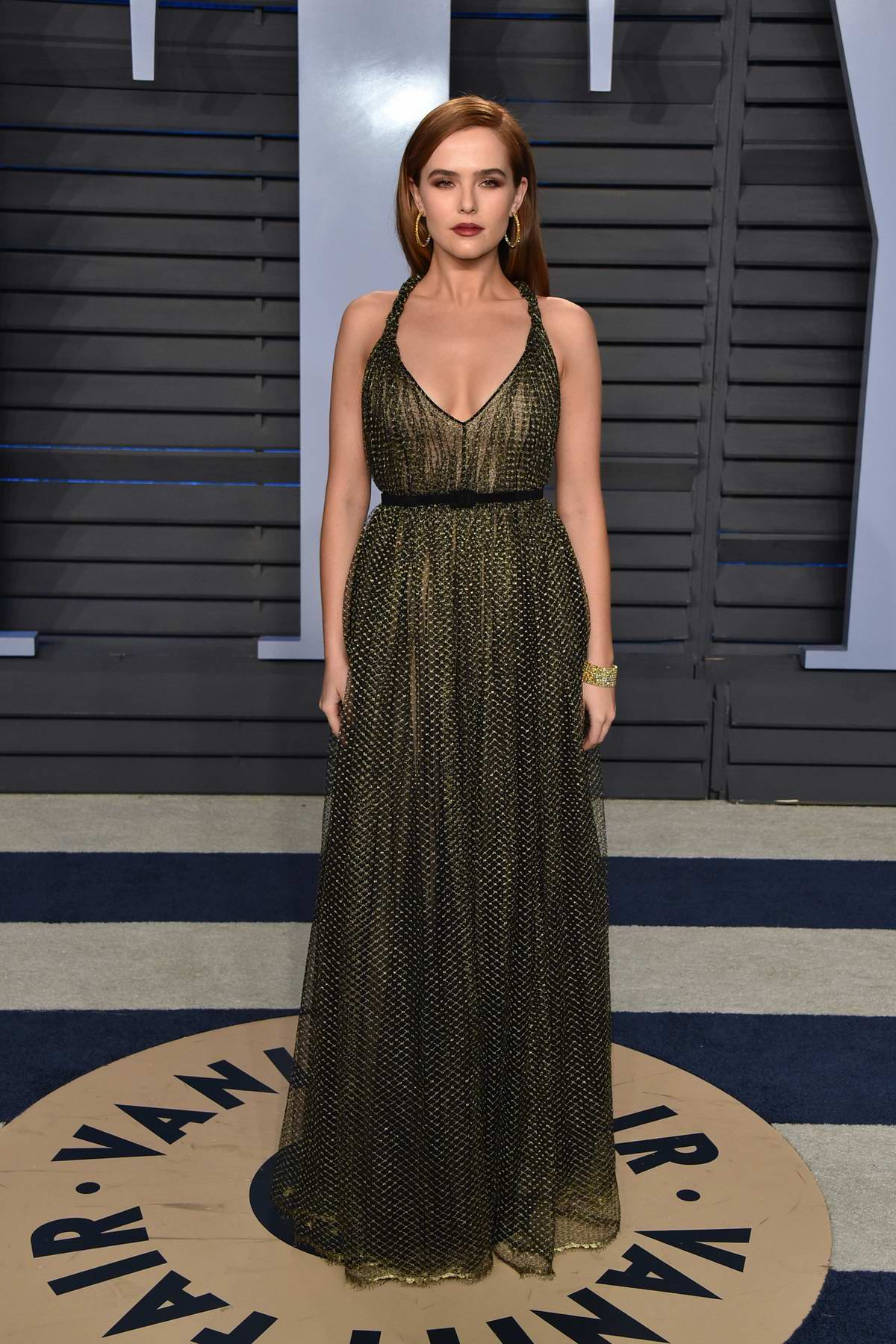 Zoey Deutch attends 2018 Vanity Fair Oscar Party at the Wallis Annenberg Center for the Performing Arts in Beverly Hills, Los Angeles
