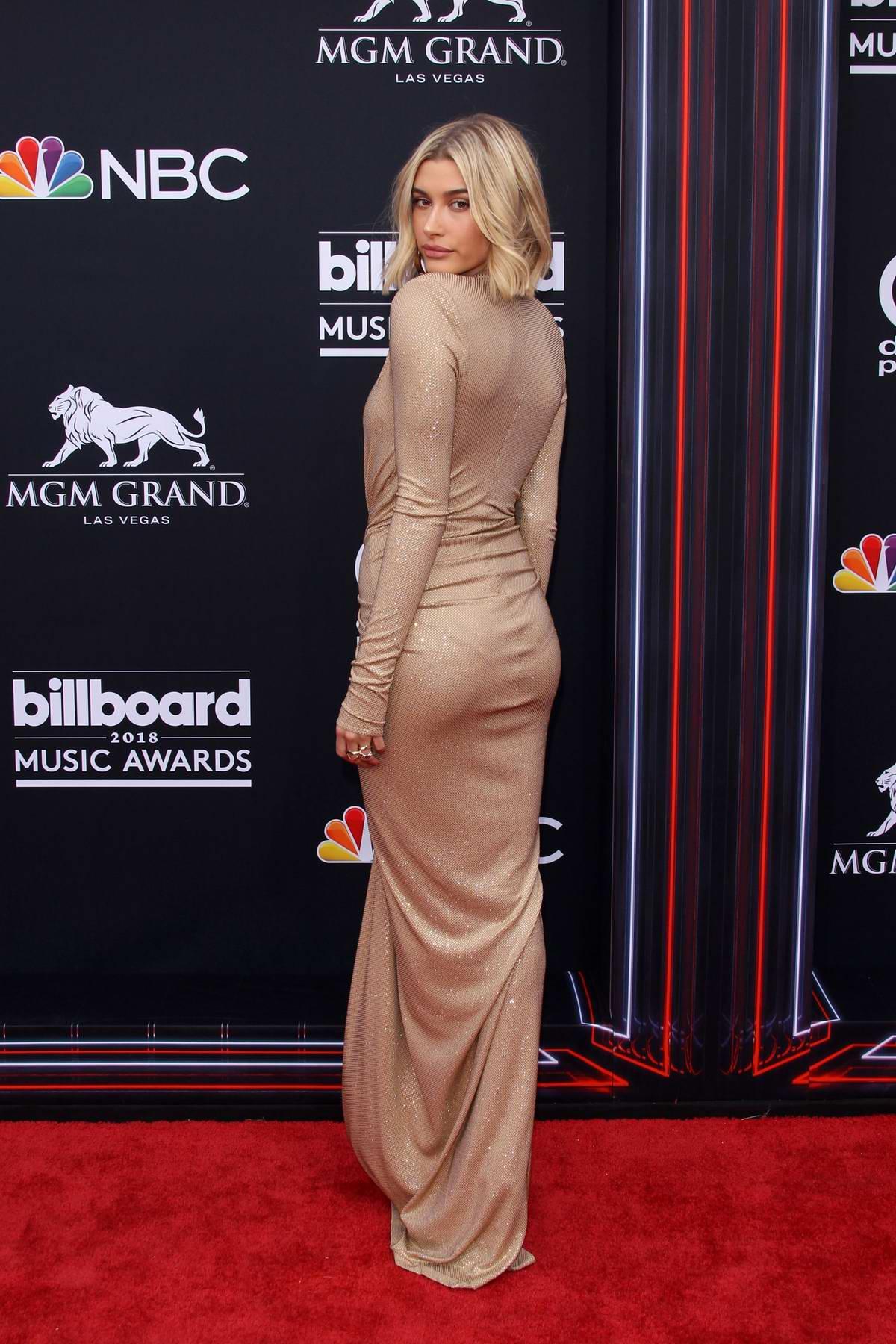 Hailey Baldwin attends the 2018 Billboard Music Awards at MGM Grand Garden in Las Vegas, Nevada