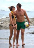 Gisele Bundchen wore a black bikini during a beach day with husband Tom Brady and their kids in Costa Rica