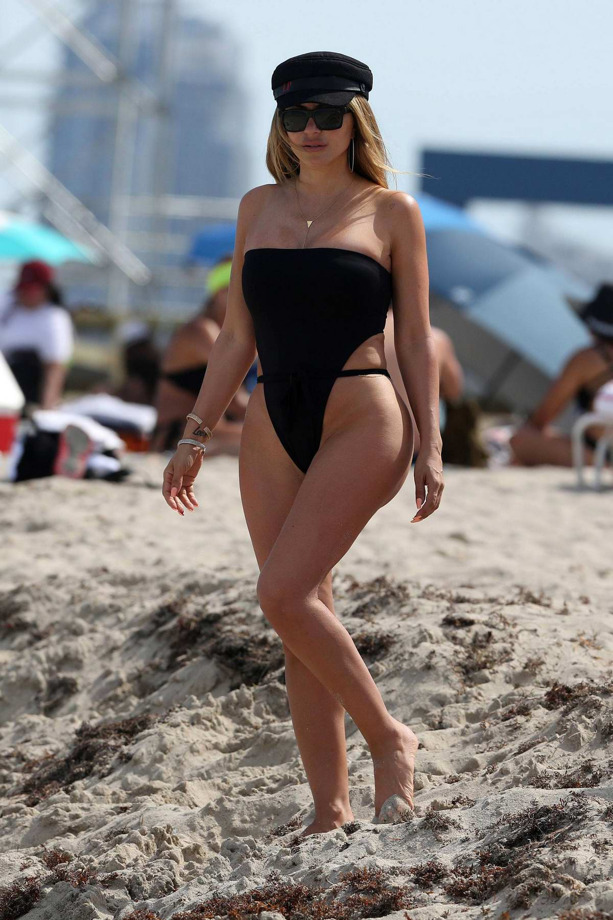 Larsa Pippen hits the beach in black swimsuit in Miami, Florida