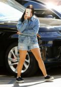 Ariel Winter plays peek a boo as she leaves Nine Zero One salon in West Hollywood, Los Angeles