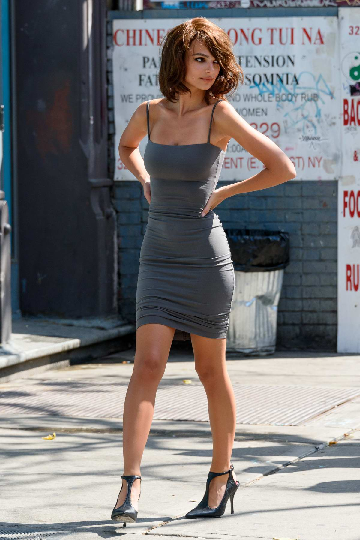 Emily Ratajkowski sports a short hair wig during a photoshoot with Jordan Barrett at The Bowery Hotel in New York City