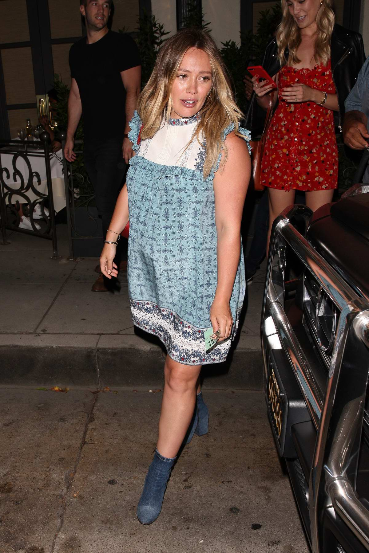 Hilary Duff Leaving Madeo Italian Restaurant In Beverly