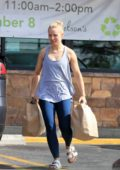 Kristen Bell keeps it comfy in grey tank top and leggings while shopping for some groceries at the market in Los Feliz, California