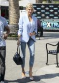Charlotte McKinney looks lovely in a pastel blue blazer and cropped jeans as she stopped by EXTRA in Los Angeles