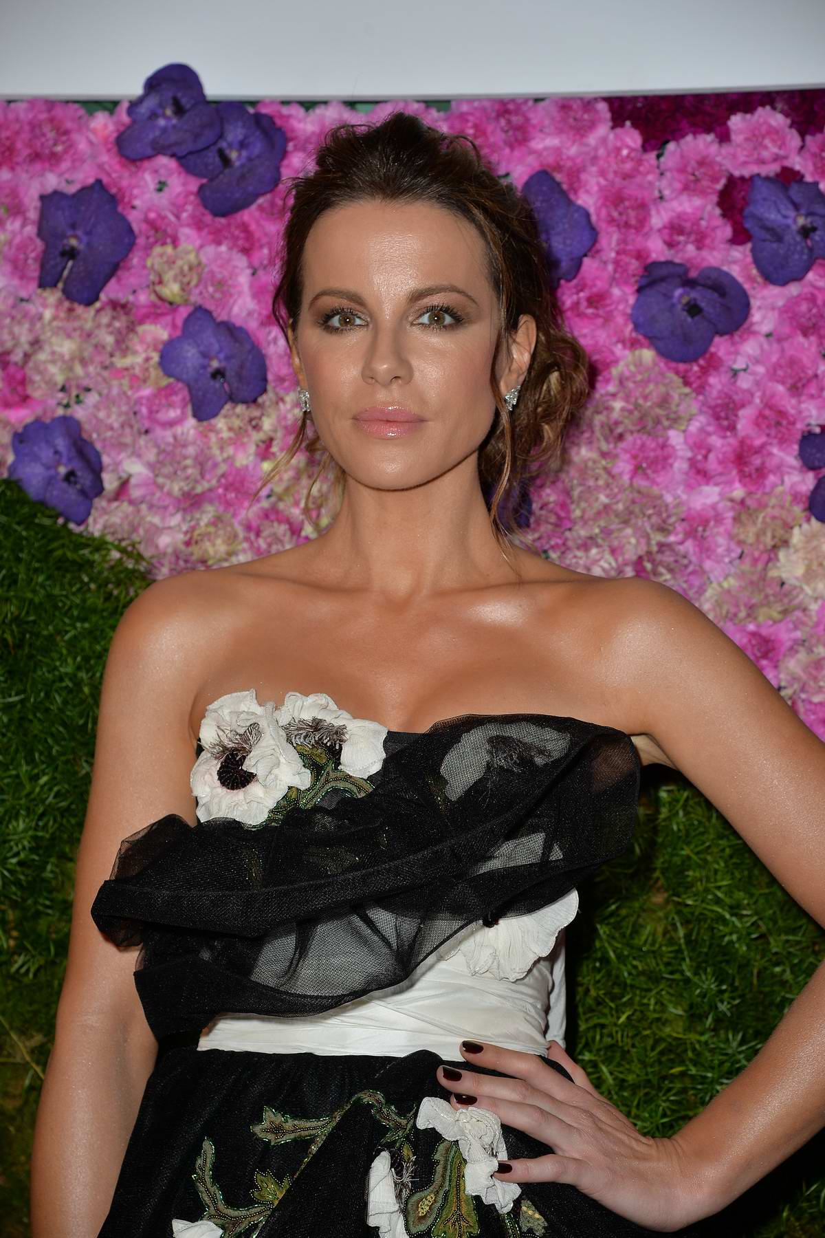Kate Beckinsale attends Tea Party After Dark event in New York City
