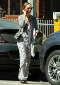 Natalie Portman looked busy on her phone while heading to a business meeting in Silver Lake, Los Angeles