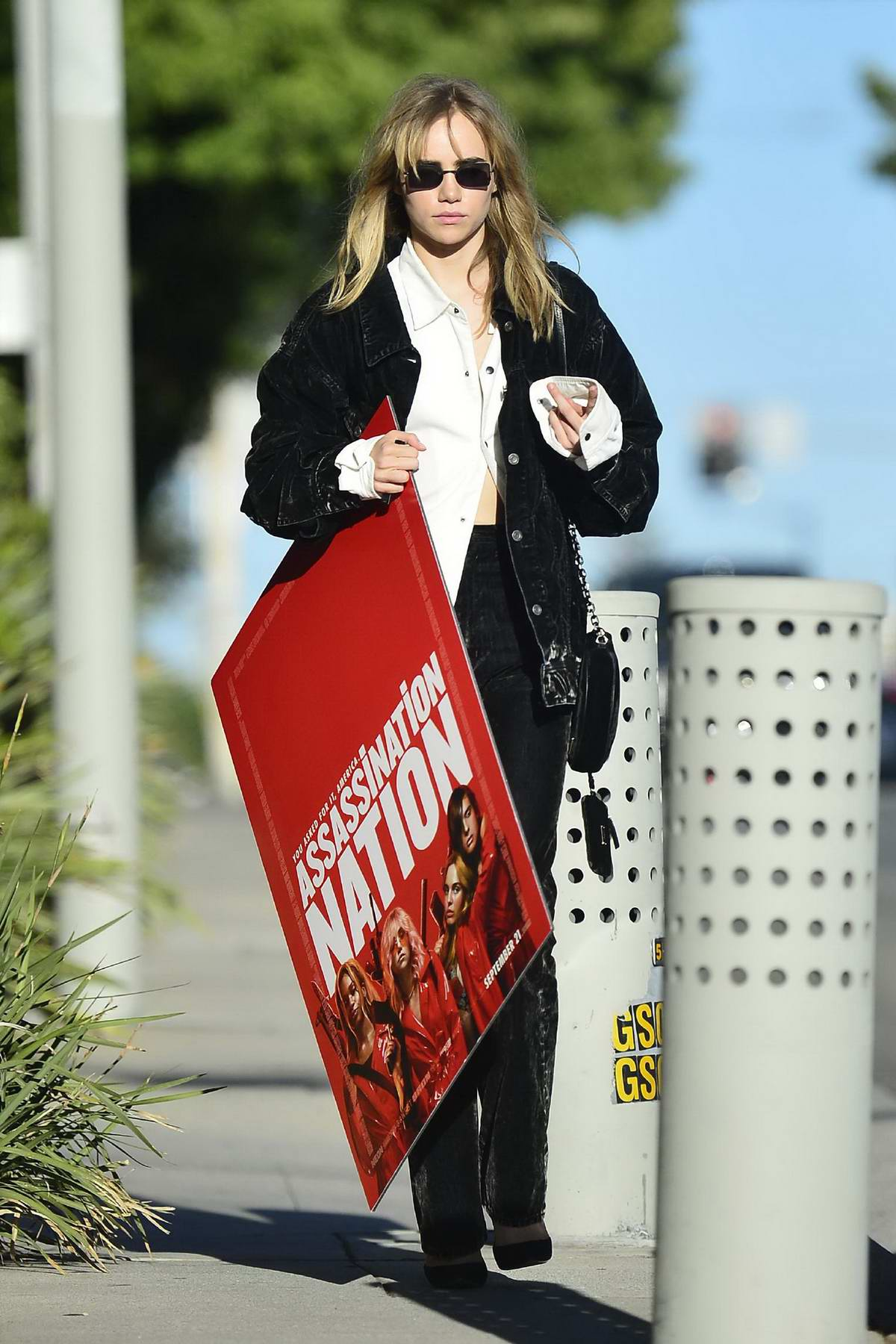 Suki Waterhouse spotted carrying around an 'Assassination Nation' Cutout in Los Angeles