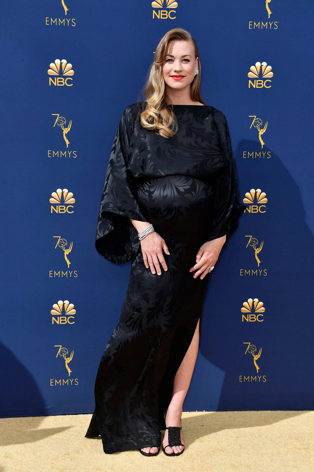 Yvonne Strahovski attends the 70th Primetime EMMY Awards (EMMYS 2018) at Microsoft Theater in Los Angeles