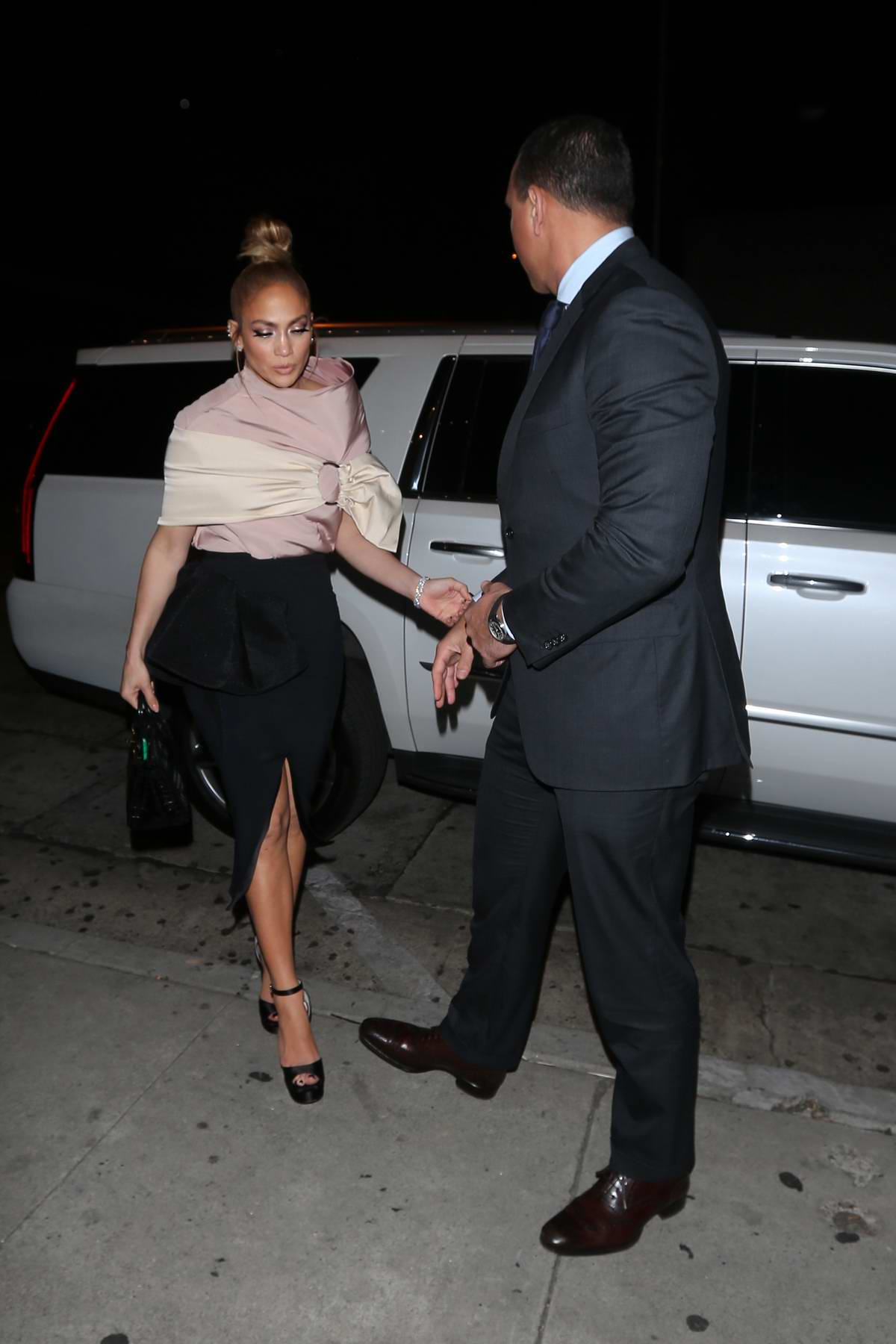Jennifer Lopez and Alex Rodriguez heads to dinner at Craig's in West Hollywood, Los Angeles