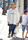 Jennifer Lopez takes her kids for Ice Cream in Beverly Hills, Los Angeles